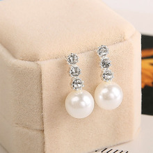 Fashion Crystal Rhinestone Stud Earrings for Women Inlaid Three Big Pearl Wedding Jewelry Party Gift Wholesale WD459