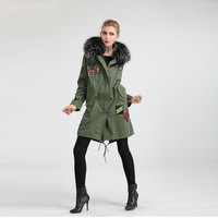 China manufacturer 2019 hand made patch racoon fur collar on beautiful cape long jacket