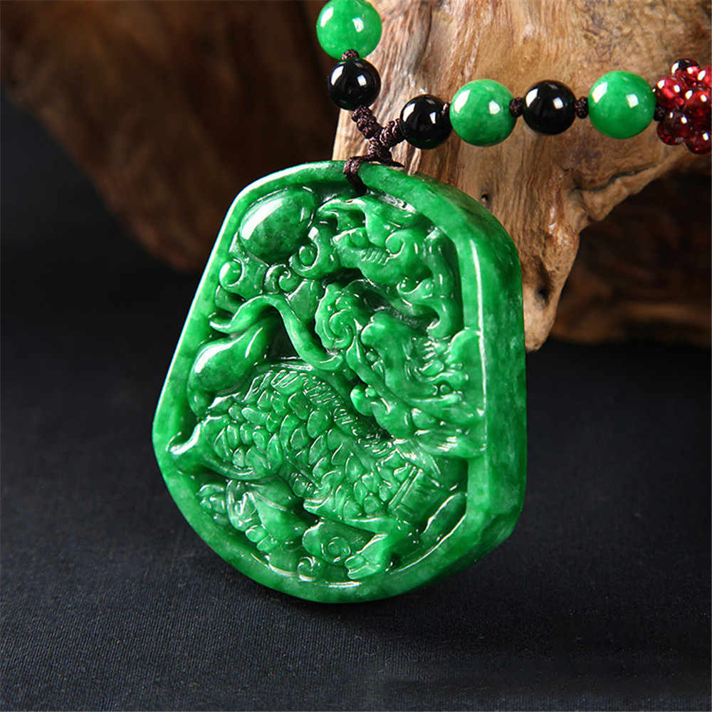 ธรรมชาติ Jadeite สีเขียวแห้งดิบ Kirin ส่งสมบัติจี้ Emerald Kirin หยกจี้สร้อยคอมือแกะสลักของขวัญขายส่ง