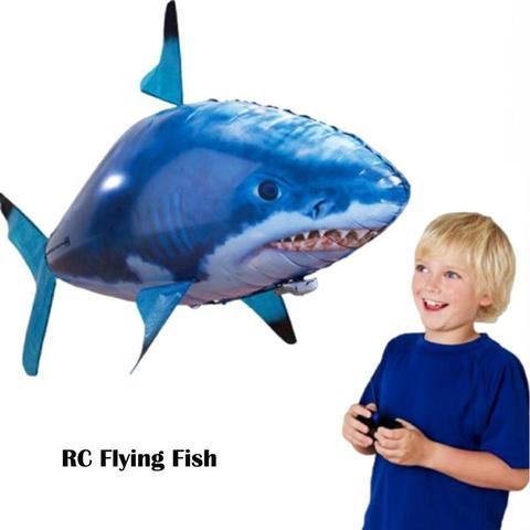 grande voar peixe natacao do ar presentes