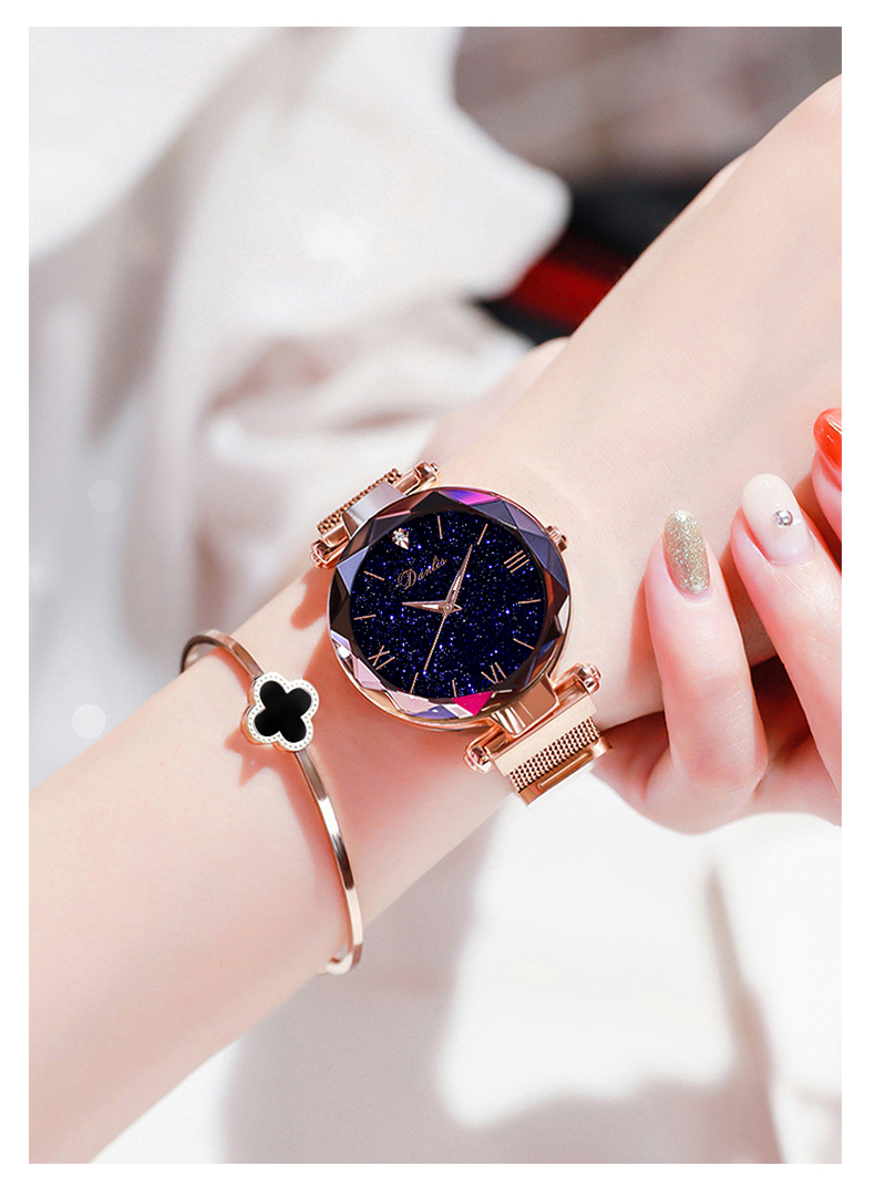 Quartz watch Elegant Roman Numeral watch