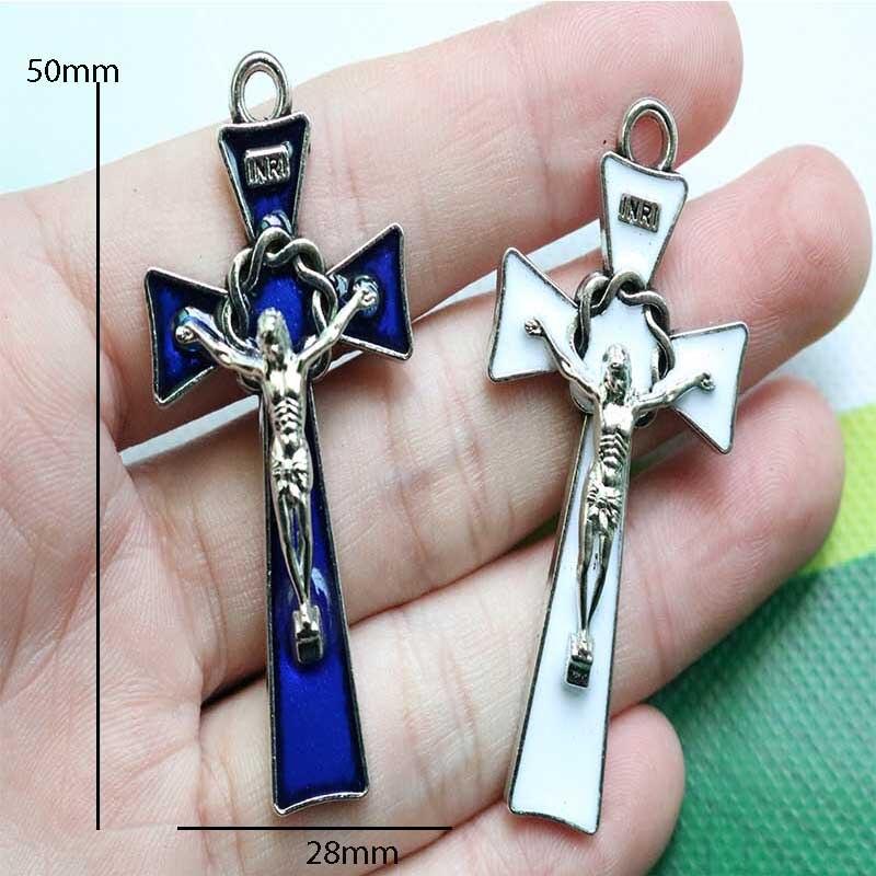 The new INRI Christian Cross Medal, the religious Jesus Cross Medal. Notre Dame de Paris Medallion necklace Jesus cross pendant