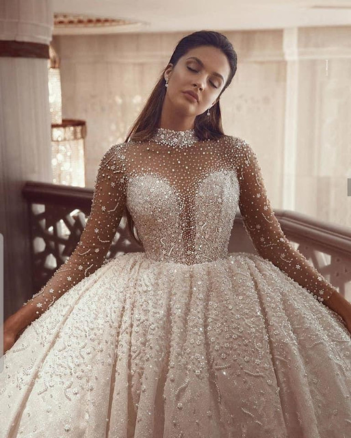 Beading Ball Gown Wedding Dresses 2021 Long Sleeves Crystal High Neck Arabic Bridal Gowns Vintage Robe De Mariee