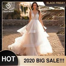 Vestido de novia romántico con cuello en v, apliques de hadas, encaje, corte de tul fruncido, corte de cola, Swanskirt, N147