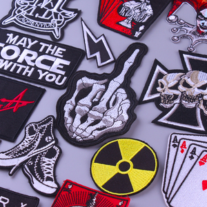 Skull Skeleton Fingers Patch Iron On Patches Joker Embroidered Patches For Clothing Jacket Rock Band Metal Music Applique Badges
