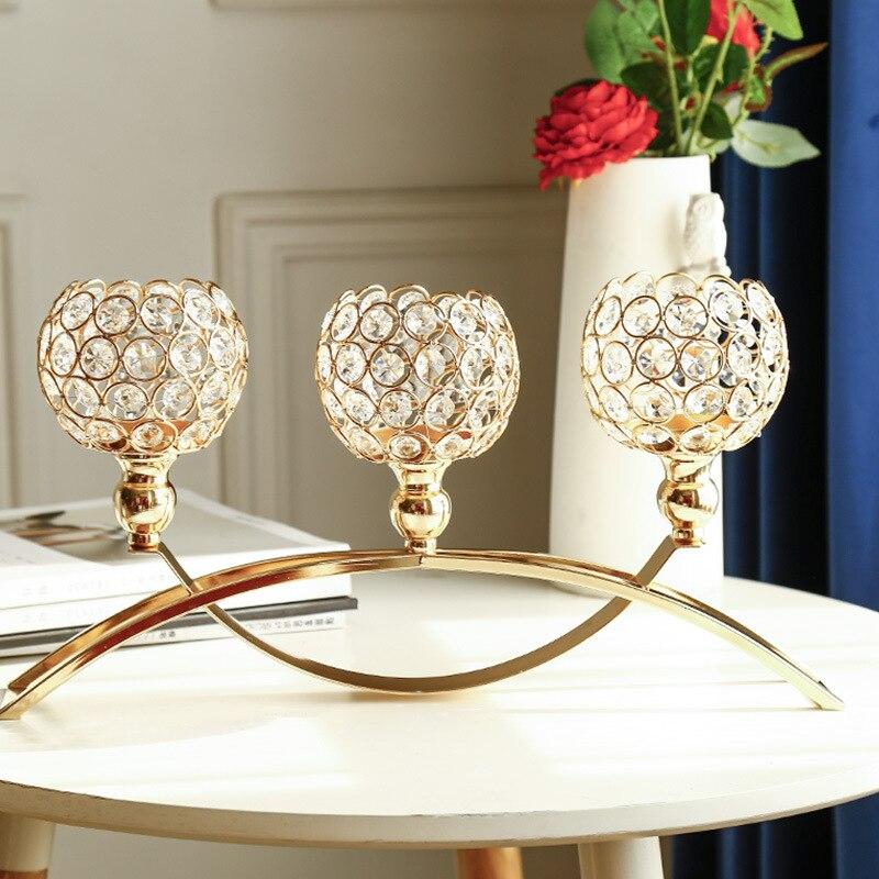 Romantik düğün şamdan altın Metal çukur cam mumluklar süsler ev partisi kristal masa şamdanı süslemeleri