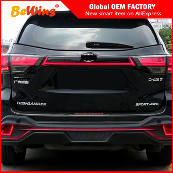 Car styling For 15-19 Toyota Highlander  light LED turn light width indicator accessories streamer tail light assembly decoratio