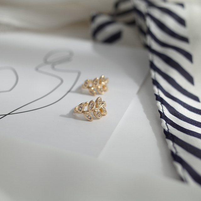 MENGJIQIAO 2020 New Delicate Zircon Cute Metal Leaf Ear Clips For Women Fashion No Piercing Fake Cartilage Ear Jewelry 4