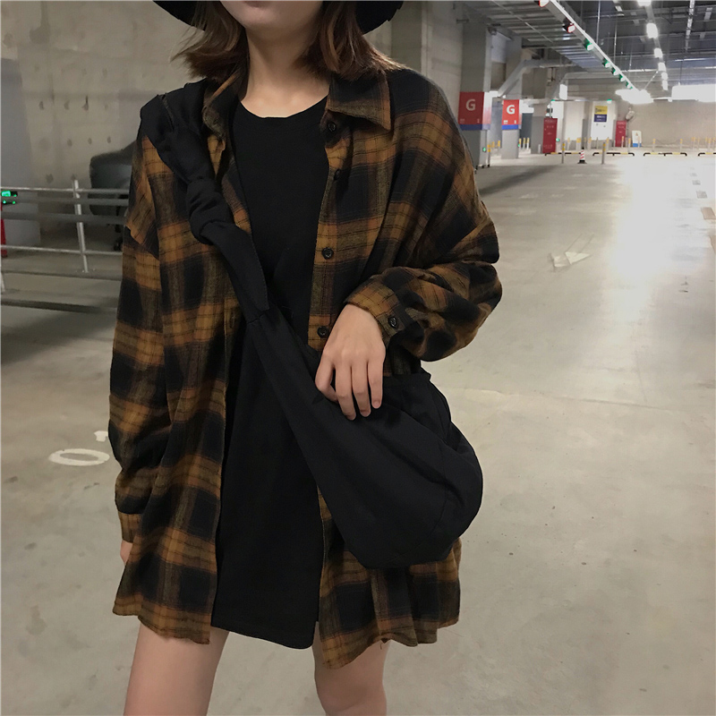 Spring Autumn Streetwear Chic Blouse Shirts Women Casual Loose Batwing Sleeve Vintage Plaid Shirt Female Preppy Style Loose Tops