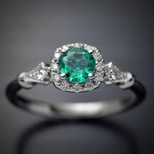 Vintage Wedding Olive Green Emerald Rings for Women with Crystal Fashion Ring Zirconia Princess Cut wedding Jewelry