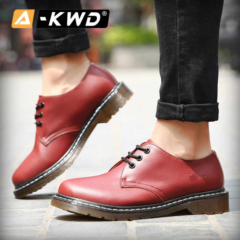 Moda ayakkabılar 2019 dantel-up düşük yardım erkek botları Soulier Homme artı boyutu ayakkabı 35-45 aşınmaya dayanıklı erkekler loafer ayakkabılar bölünmüş deri