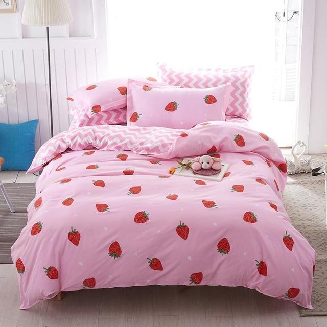 Solstice Bedding Set Strawberry Delight