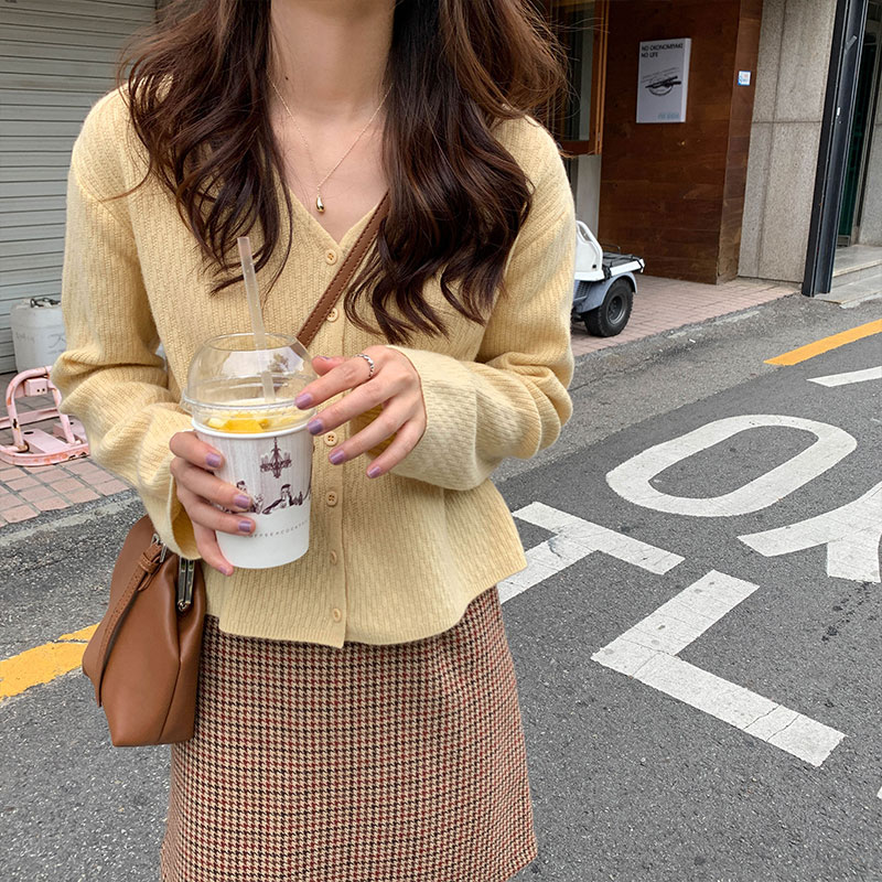 5 Colors 2019 Korean Ins Style Solid Color V Neck Knitted Sweaters Cardigan Womens Loose Long Sleeve Tops Womens  (X1087)