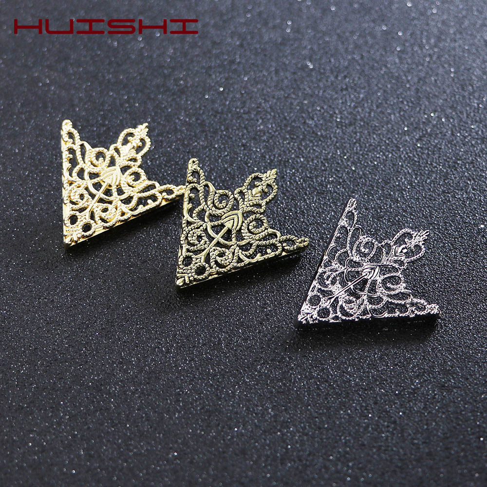 HUISHI Brooches For Men Vintage Fashion Triangle Shirt Collar Pin Hollowed Out Crown Leaf Badge Wedding Banquet Fashion Jewelry 2