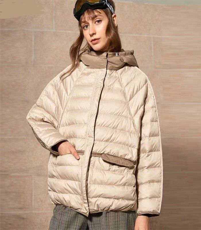 Fashion bat sleeved hit color hooded   down     coats   female oversize light thin 90%   down     coat   windproof warm outerwear F14