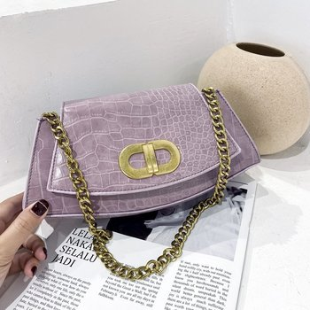 2020 fashion new small leather bags women serpentine bag luxury handbags design shoulder bag lady with chain clutch bolsos mujer New Niche Design Handbags 2020 Messenger Shoulder Bag Chain Small Square Bag Fashion Handbag Luxury Handbags Women Bags Designer