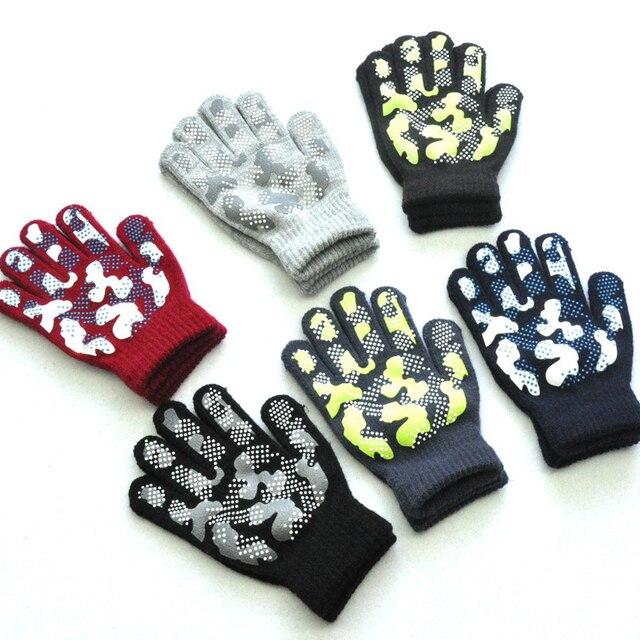 WARMOM 5-11 Year Children Winter Warm Knit Gloves Camouflage Color PVC Anti-slip Gloves Children Outdoor Sports Gloves Mittens 2