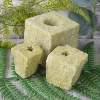Rockwool Cube Hydroponic Grow Media Soilless Cultivation Planting Compress Base image