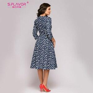 Image 2 - S.FLAVOR 여성을위한 프랑스 스타일 빈티지 드레스 우아한 꽃 인쇄 슬림 가을 a 라인 Vestidos 클래식 겨울 여성 미디 드레스