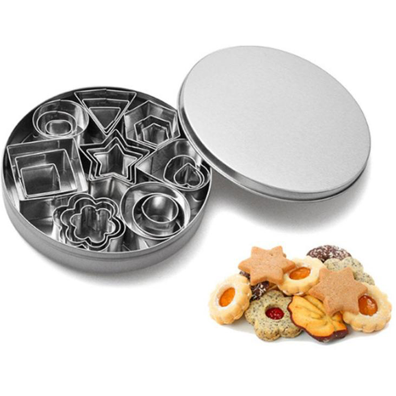 4/8/10/24Pcs Stainless Steel Mini Cookie Cutter Set Biscuit Cookie Mold Christmas Pastry Cutters Slicers Baking Tools