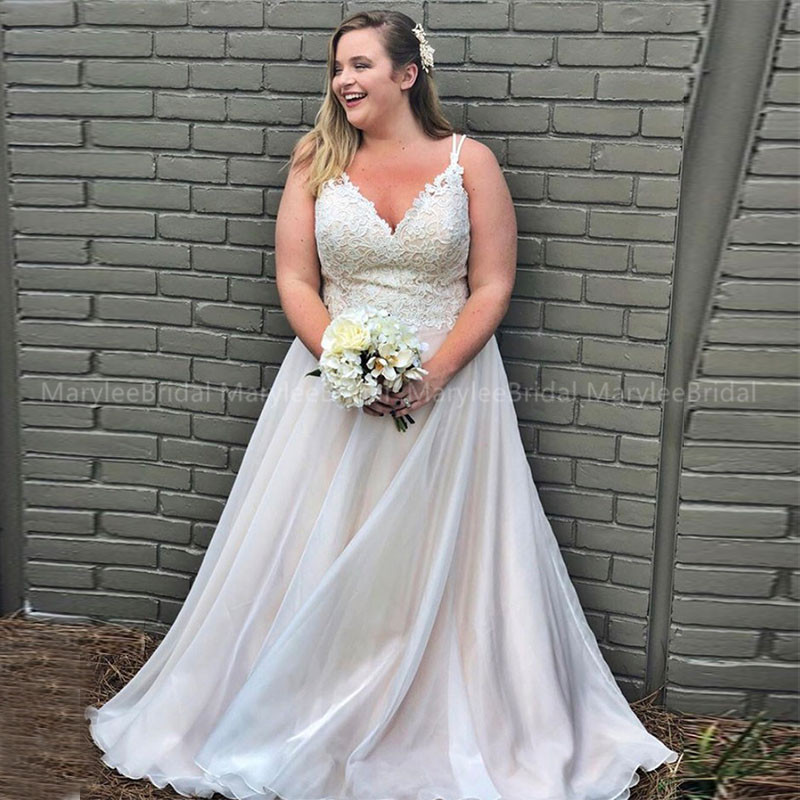Plus Size A-line Boho Wedding Dress Appliques Floor Length Bridal Gowns Spaghetti Straps Robe De Mariage White Vestidos De Novia