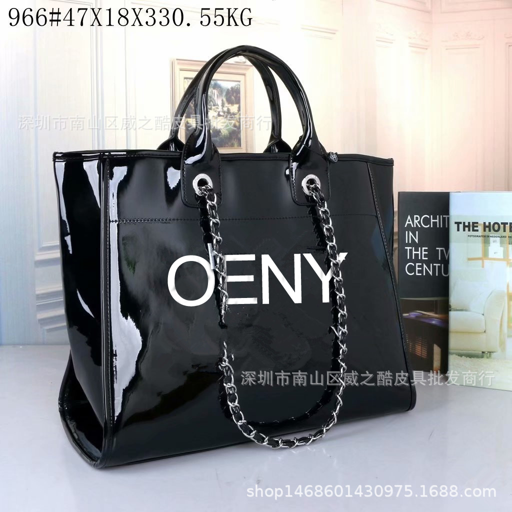 2020 Europe And The United States New Embroidered Fashion Shopping Bag Temperament Women's Bag Single Shoulder Portable Bag