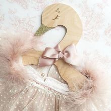 High Quality Wooden Wall Swan Hangers Racks Of Children\s Clothing In Room Decorate Coat Hanger