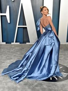 Image 3 - Oscars Pantalones Candice Swanepoel, alfombra roja, alto, bajo, un hombro, vestido Formal de noche, 2020