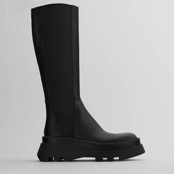 2020 New Winter Women's Boots  Black Grooved Sole Chimney Boots Flat Leather Boots Knee high boots Brand