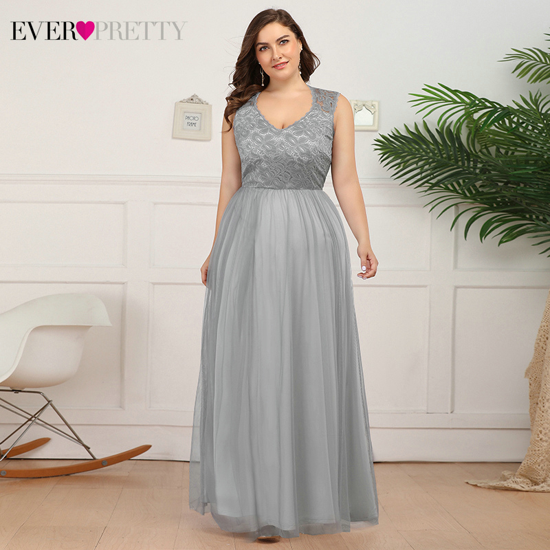 Plus Size Lace Evening Dresses Long Ever Pretty A-Line V-Neck Sleeveless See-Through Tulle Evening Party Gowns Robe De Soiree