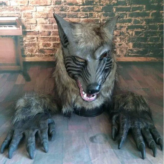Wolf Head Full Face Mask Scary Mask Halloween Skull Mask Masquerade Masks Horror Animal Masquerade Prom Prop Mask Ghost Face in Party Masks from Home Garden