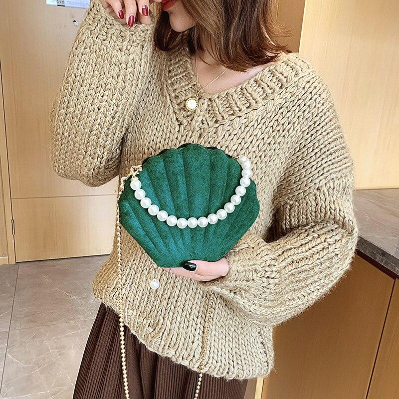 Elegant Velvet Shell Shape Designer Bag Ladies Shoulder Bag Fashion Banquet Party Chain Crossbody Bags For Women Pearl Portable