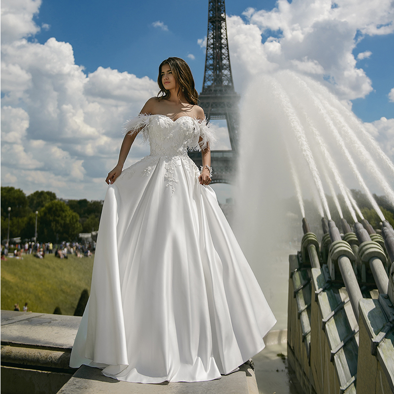 Verngo A-line Wedding Dress Ivory Appliques Wedding Gowns Elegant Flower Bride Dress Off The Shoulder Dress Long Abiti Da Sposa