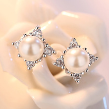 Simple silver color Dazzling Zircon Earrings Snowflake Pearl Flower Stud Earrings For Women Girl Gift pendientes brincos