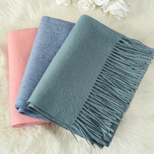 Winter 100% Pure Wool Scarf for Ladies Thicken Echarpe Wraps with Tassel Foulard Femme Neck Warmer Women Green Cashmere Scarves