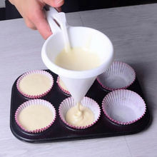 Chocolate Candy Batter Funnel Kitchen Pancake Cupcake Cream Dispenser Batter Baking Mold Pastry DIY Tools baking tool cake dough batter cream dispenser cupcake funnel batter separator valve measuring cup muffin cups optional cake mold
