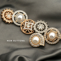 Metal Gold Silver Pearl Diamond Buttons for Clothing Women Windbreaker Suit Sweater Coat Decorative Needlework Sewing 6pcs