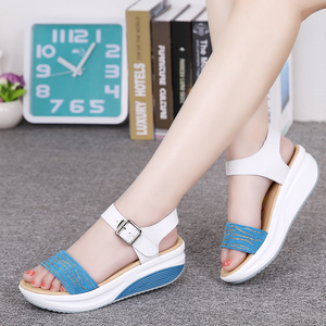 Image 1 - נשים דירות פלטפורמת סנדלי נעלי עור אמיתי גבירותיי רסיס סניקרס נעל 2018 קיץ אופנה פלטפורמה גבוהה העקב הנעלה