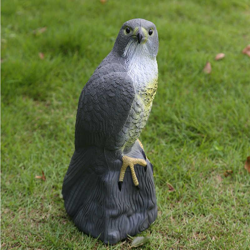 Réaliste faucon leurre antiparasitaire oiseau épouvantail épouvantail jardin ornement