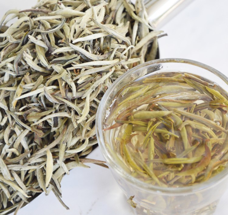 2017 Baihao Yingzhen White Tea Grade Baihaoyinzhen Silver Needle Tea For Weight Loose Chinese Natural Organic Food