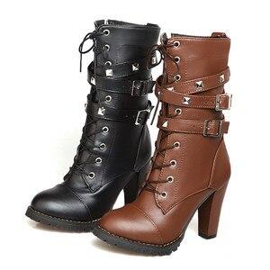 Image 4 - Morazora 2020 nova chegada botas de tornozelo feminino dedo do pé redondo sapatos de salto alto zip rendas até rebite outono botas de inverno feminino tamanho grande 48