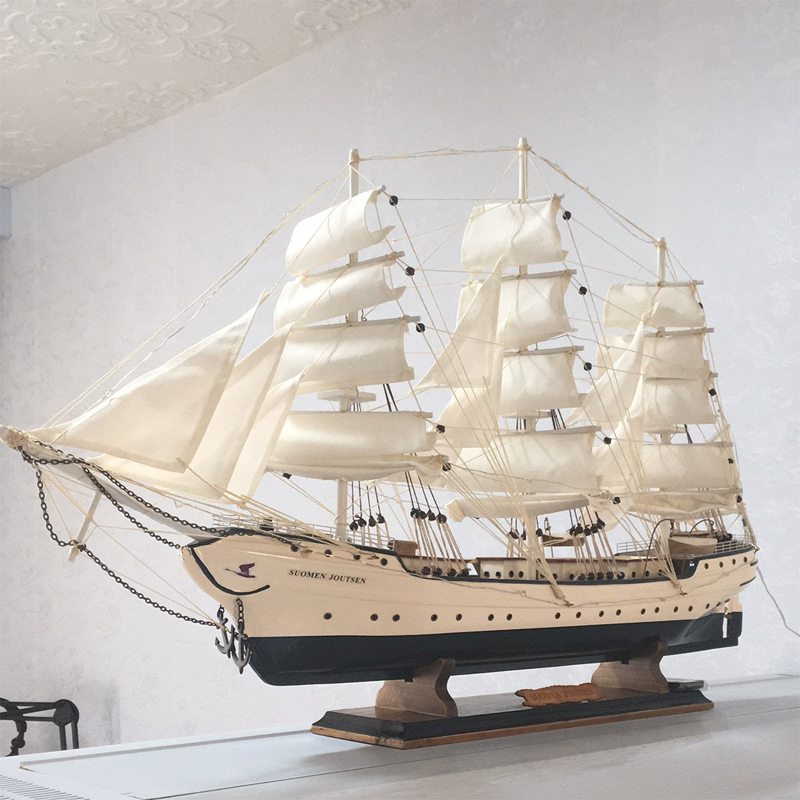 Hot Selling Wooden Sailboat Model Ornament Solid Wood Living Room Decoration Ship European Style Gift