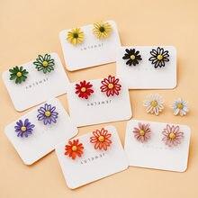 Meetvii Korean Style Cute Small Daisy Flower Stud Earrings For Women Fashion Sweet Asymmetry Earrings Brincos Wholesale Jewelry