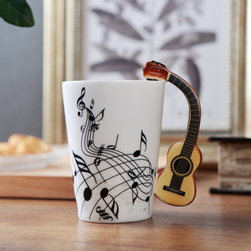Creative Music Violin Style Guitar Ceramic Mug Coffee Tea Milk Stave Cups with Handle Coffee Mug Novelty Gifts in Mugs from Home Garden