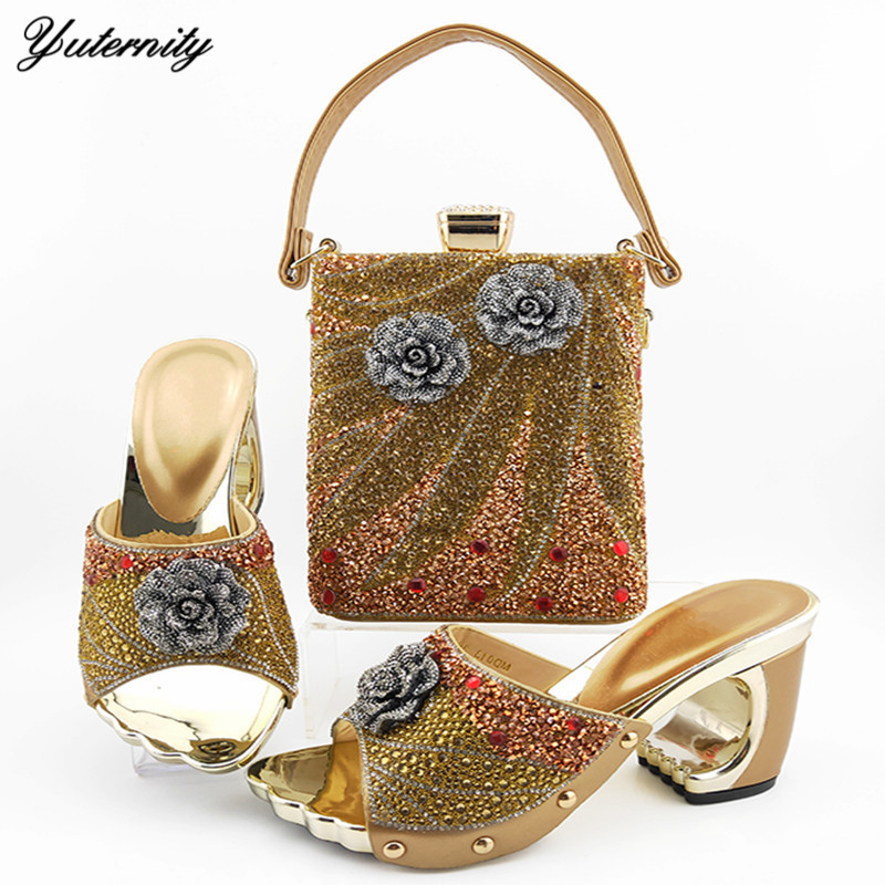Fashionable Italy Pumps Shoes And Bag Set For Woman Dress Gold Color Stones Totem Decoration Shoes And Bag Set Free Shipping DHL