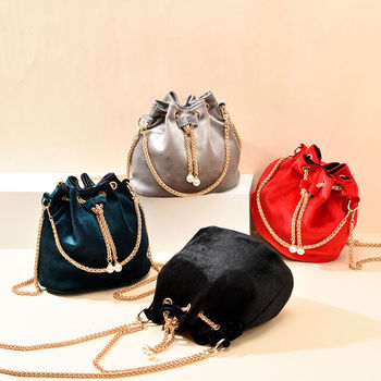 Luxury Velvet Large Capacity Bucket Bag 1