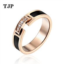 Hot Sale Classic Luxury Jewelry Black Lace 4 Zircon Elegant Love Ring Titanium Steel Rose Gold Color Brand For women