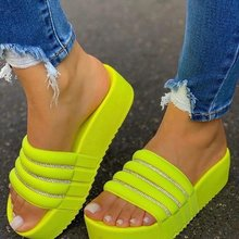 Large Size Rhinestone Sandals for Women Spring and Summer Thick-soled Sponge Cake and Beach Sandals and Slippers