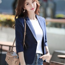 Маленький женский костюм из хлопка и конопли, короткий облегающий Повседневный тонкий костюм в Корейском стиле с рукавом 7, весна 2021