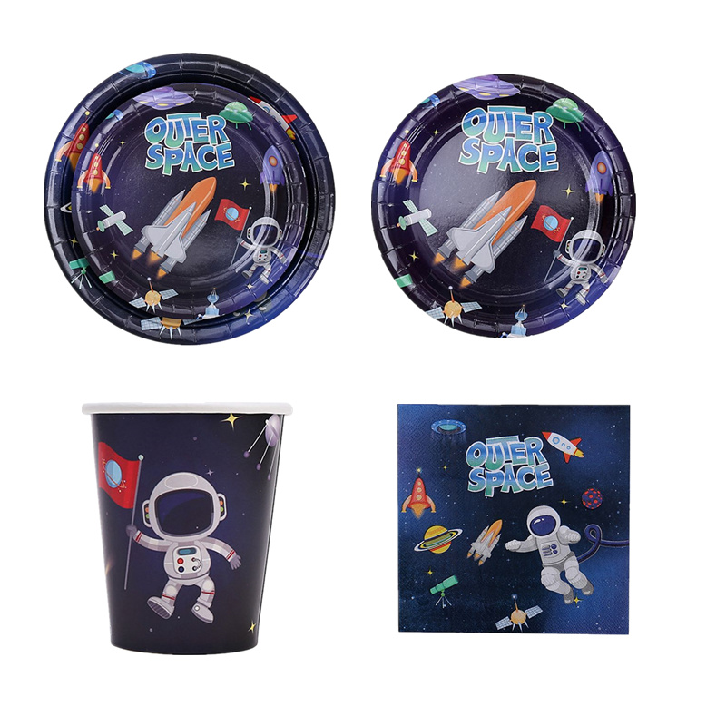 Weltraum Party Supplies Geburtstag Dekorationen Kinder Einweg Geschirr Kit Tassen Platten Serviette Astronaut Folie Luftballons